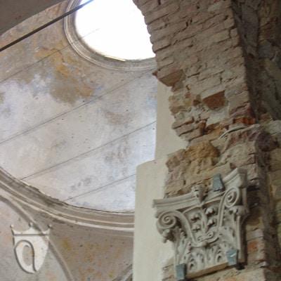 nterno dell'abbazia di San Remigio presso Gavi