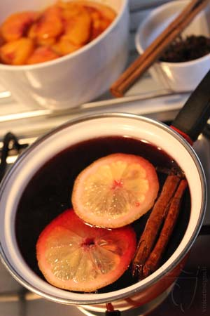 Aspic di pesche al vino rosso
