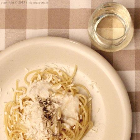 Spaghetti al Gavi DOCG e robiola di Roccaverano DOP