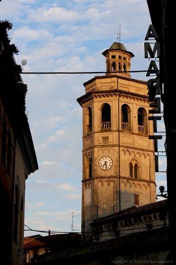 """Gavi """"tipicittà"""": chiesa di San-Giacomo e Amaretti"""
