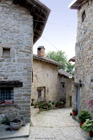 """Il """"Ricetto"""" del castello di Lerma"""