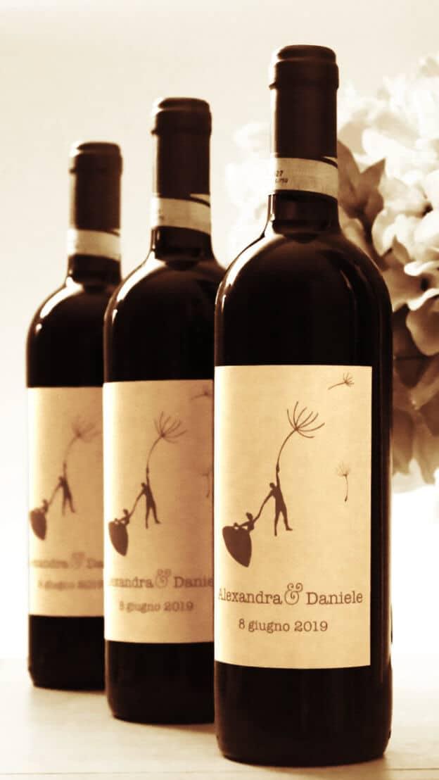 Alexandra e Daniele - Bottiglie di vino come bomboniere